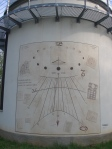 Orologio Solare con linee delle ore e linee equinozi sviluppati su superficie cilindrica !!! - Tradate (VA)
