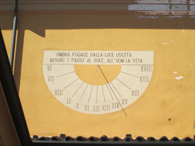 Orologio solare ad Oreno